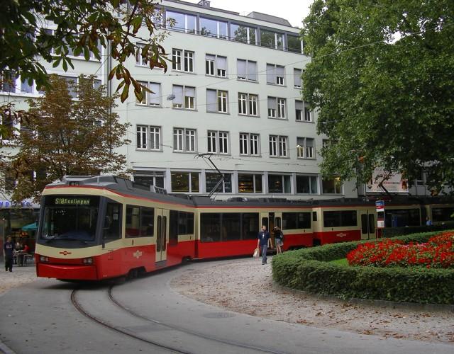 Stadelhofen with Forchbahn