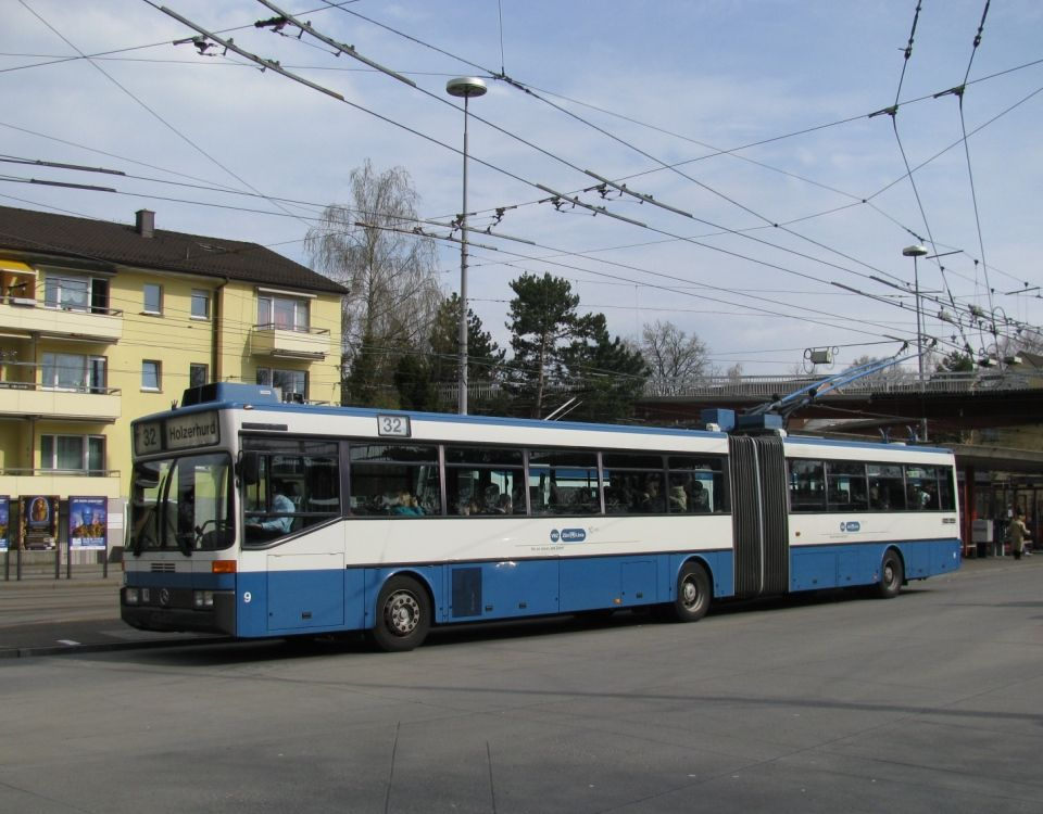 trolleybus 9