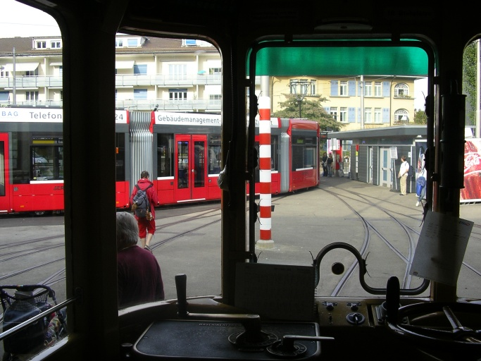 trams old and new in bern