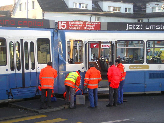 2060 tram accident radiostudio