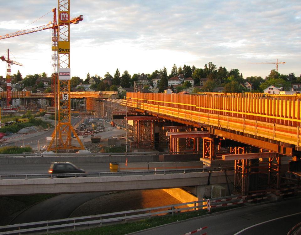 Glattalbahn at Glatt Zentrum under construction