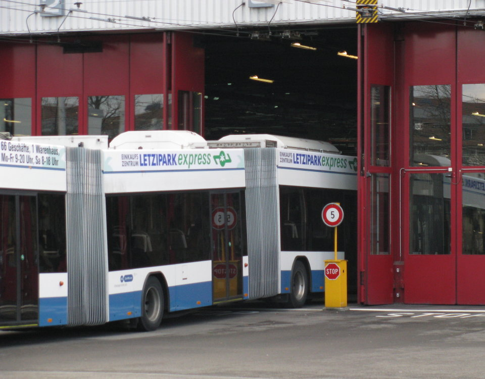 double articulated trolleybus